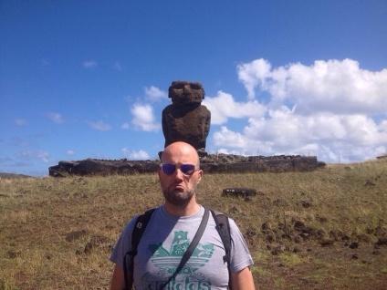 Two Moai!